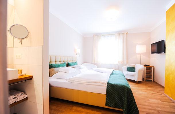 """Wohlfühl - Zimmer """"Goldhaube"""""""
